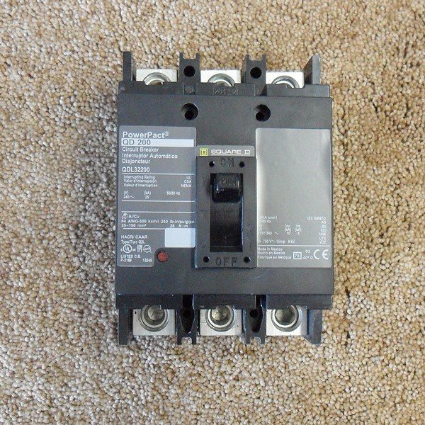 QDL32200 200 amp 3 pole 240 volt Square D Circuit breaker