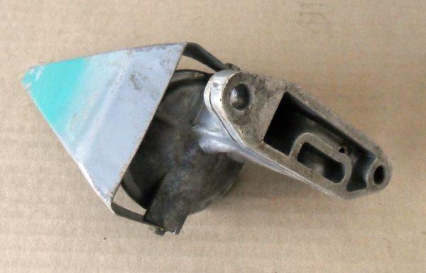 Onan Oil filter adaptor 122-0320
